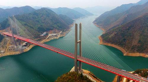 来宾红水河铁路斜拉桥